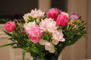 freesia-in-flower-vase